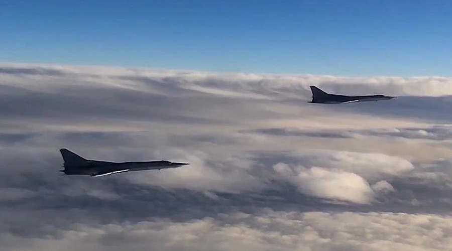 Tu-22 MZ strategic bombers of Russia's Aerospace Defense Forces set to hit ISIS targets in Syria © Ministry of defence of the Russian Federation / Sputnik - Russian military reveals details of ISIS-Turkey oil smuggling - ISIS oil business involves Erdogan & his family