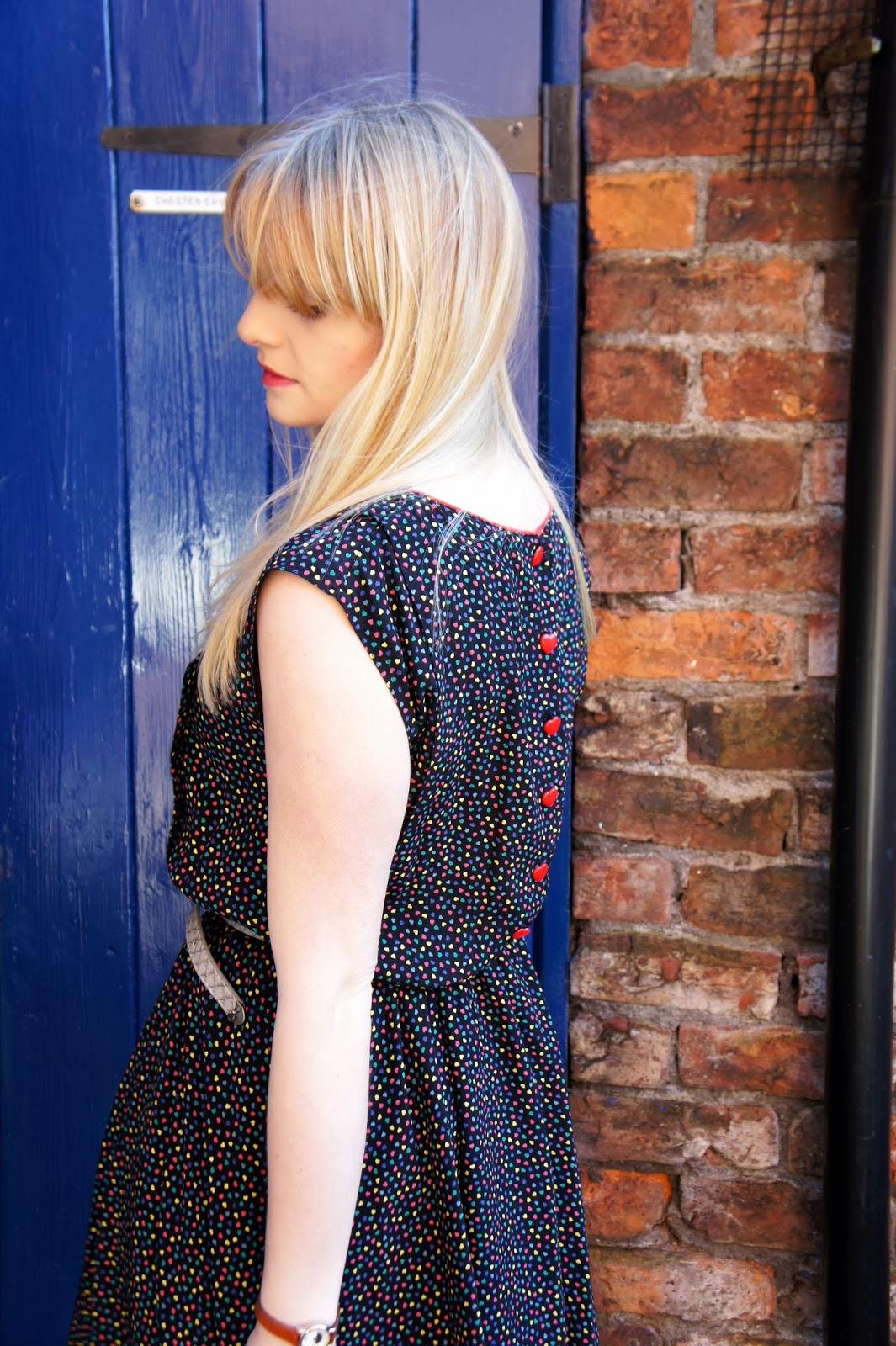 heart dress fashion blogger