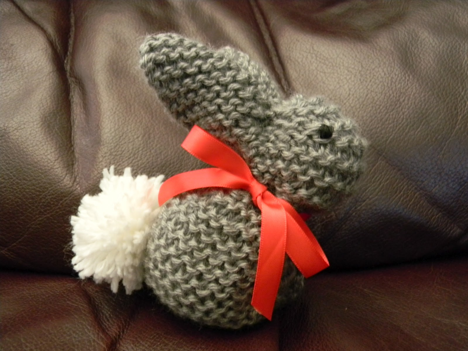 Easy Rabbit Knitting Pattern : Brandy s Creations: Easy Knit Bunny