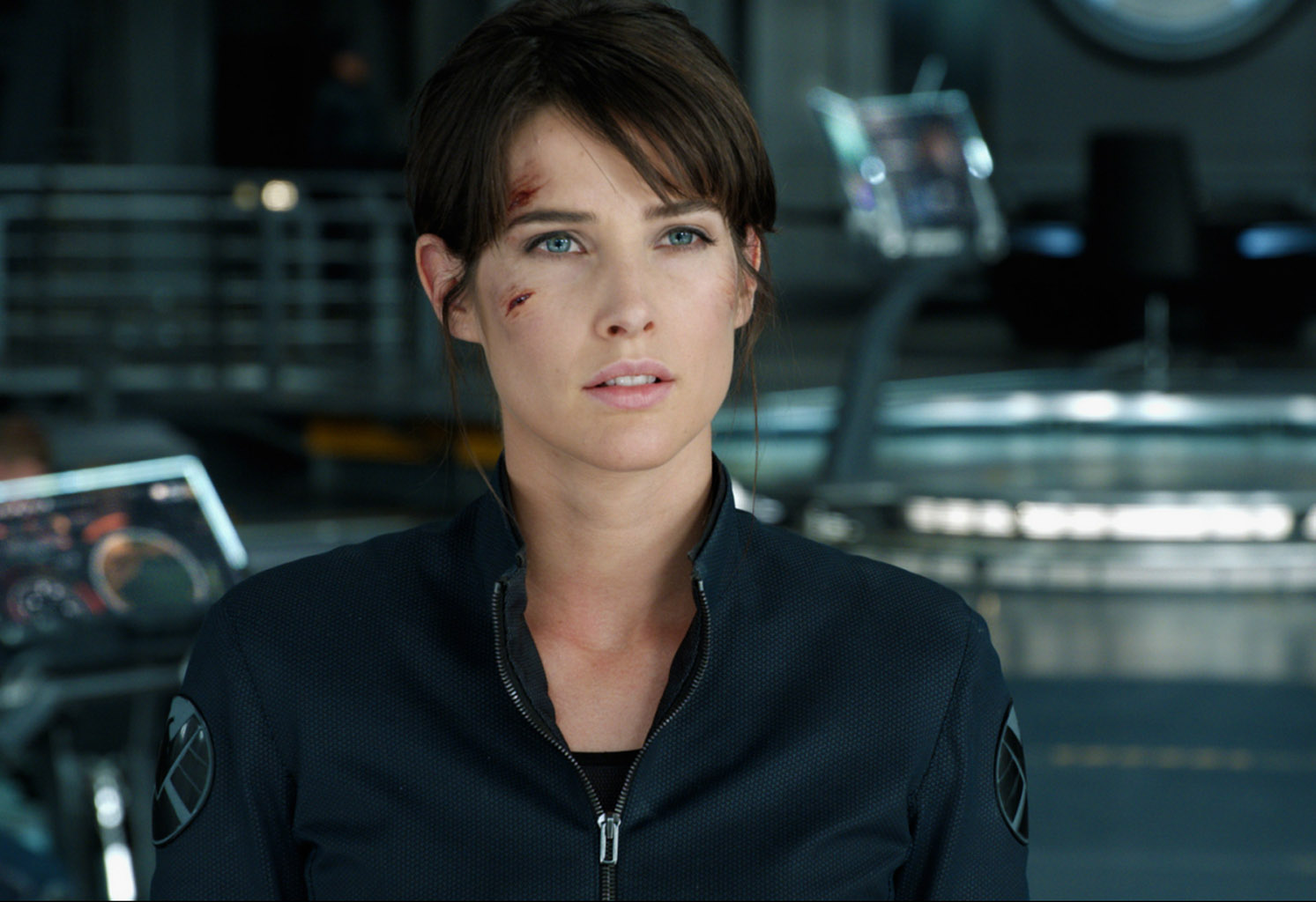 http://4.bp.blogspot.com/-2sWpl7Njoyk/T7MNn91PazI/AAAAAAAAEgA/pIqs1fbkJAI/s1600/Marvel-The-Avengers-Movie-2012-HD-Wallpaper-Maria-Hill-Shield-Agent-11.jpg