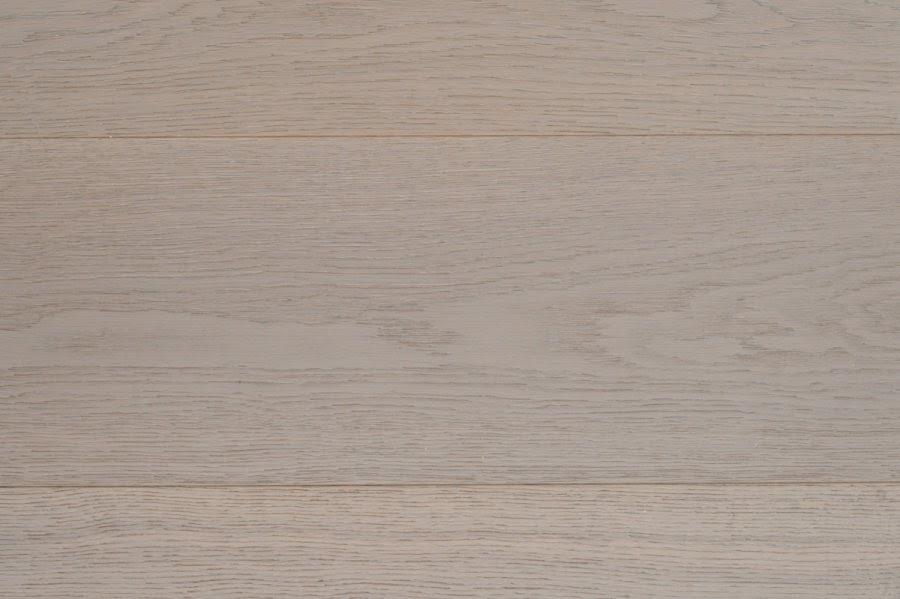 Puuta ja kiveä -raksablogin vahva parkettivaihtoehto Ellet Mid Grey