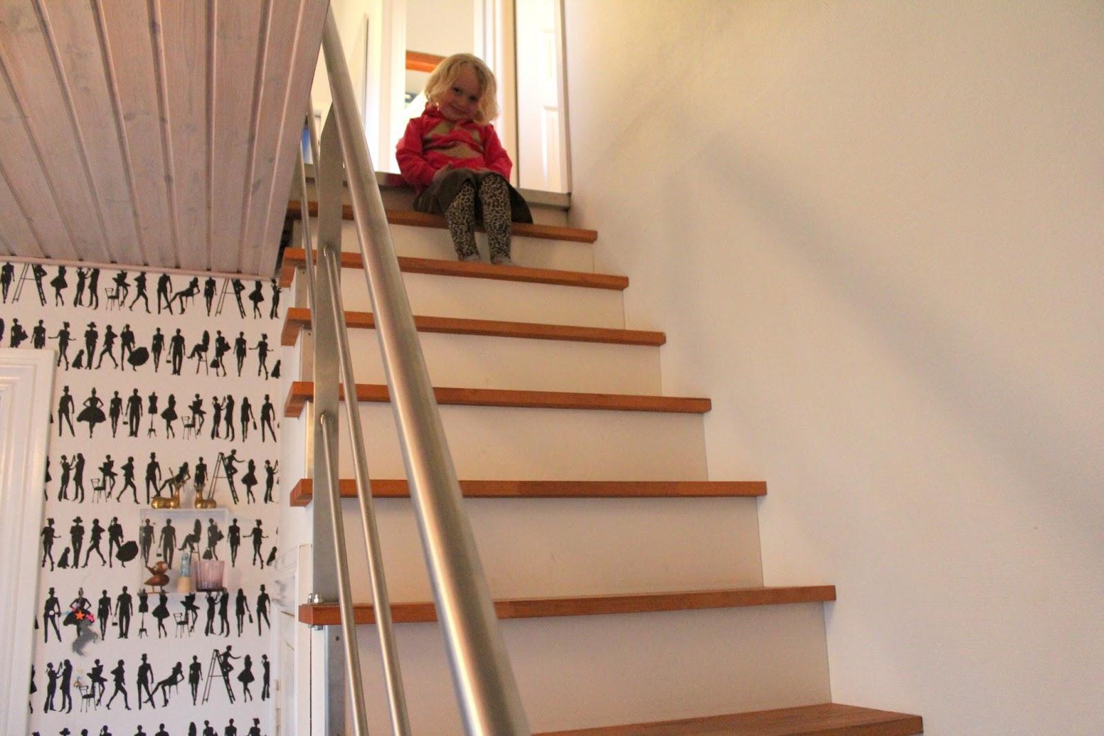 ævlebævle: Min lille trappe trold
