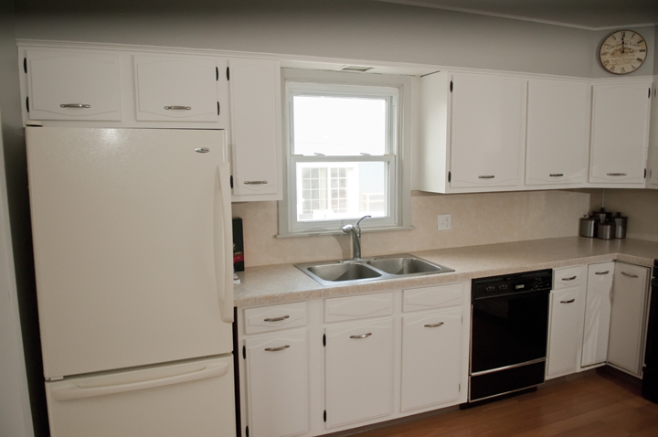 Http Manhattan Nest Com    The Kitchen Has A New Floor