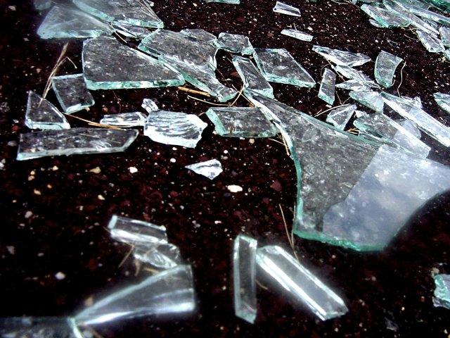 broken glass - Broken Glass Vase