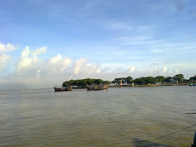 fishing boat bangladesh