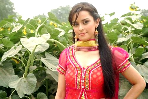 ekta kaul zee tv channel