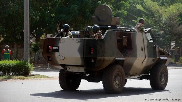 Prancis Serukan Pembebasan Presiden dan PM Burkina Faso