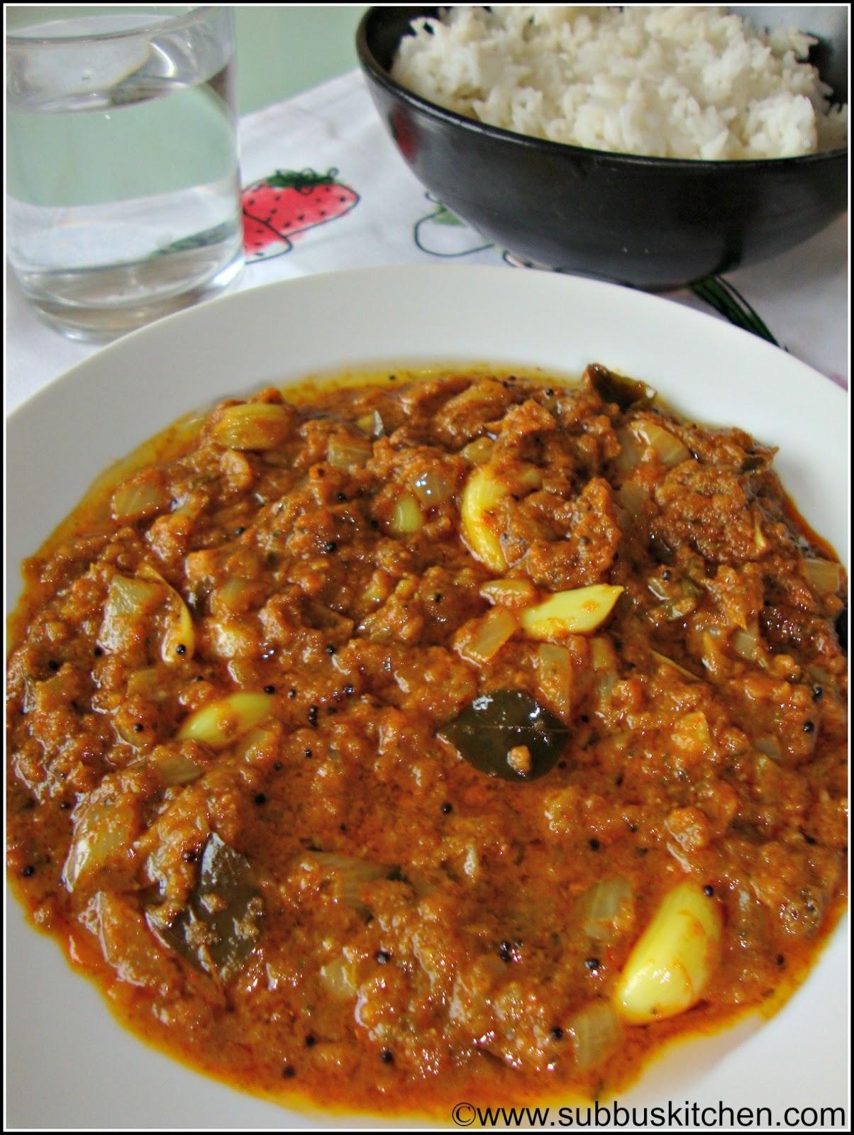 Poondu  Kuzhambu(Garlic  kuzhambu)