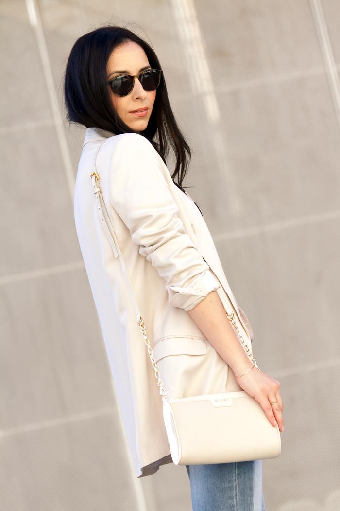 Look de primavera con colores claros tendencia Nueva Colección Blogger moda Valencia
