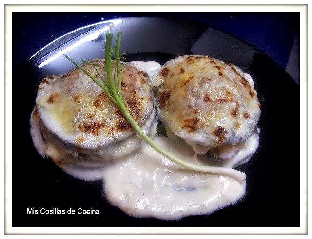 http://miscosillasdecocina.blogspot.com.es/2010/12/pastelitos-de-berenjena-y-ajos-tiernos.html