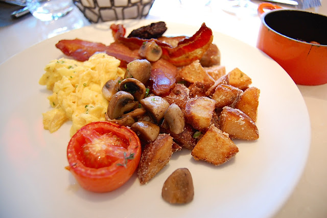 Hawksworth Restaurant brunch