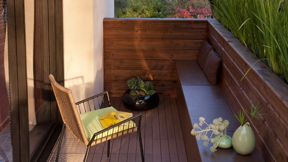 Seaseight design blog reader request balcone for Divanetto balcone