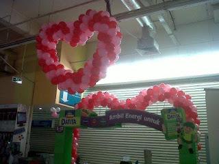 balon karakter - valentine