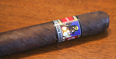 Cigar Reviews and More at the Tiki Bar Online: Cigar Review: Wild Bunch, Iron Mike by Ortega Cigars