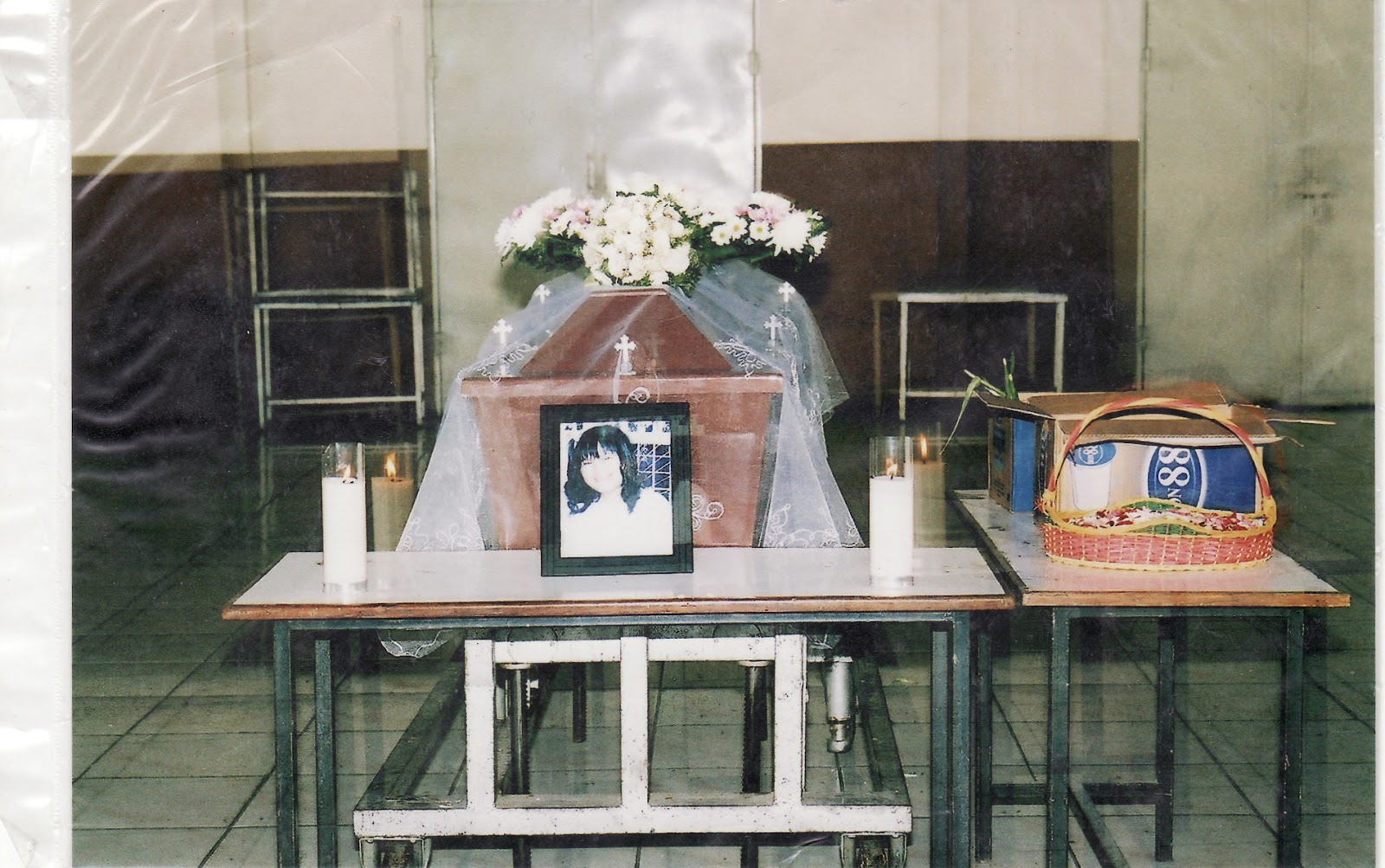 Foto Penampakkan Yesus Kristus pada pintu kremasi, foto diambil oleh