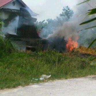 Foto Pesawat Hawk 200 TNI AU yang Jatuh di Riau