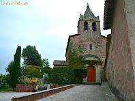 L'església de Santa Maria de Vilanova des de la rectoria. Autor: Carlos Albacete