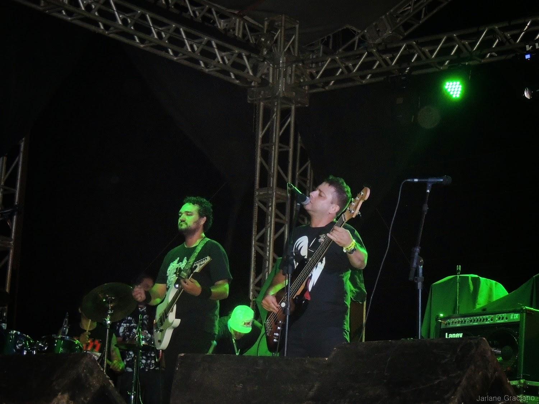 Doctor Love tocando no Rock Contra Fome