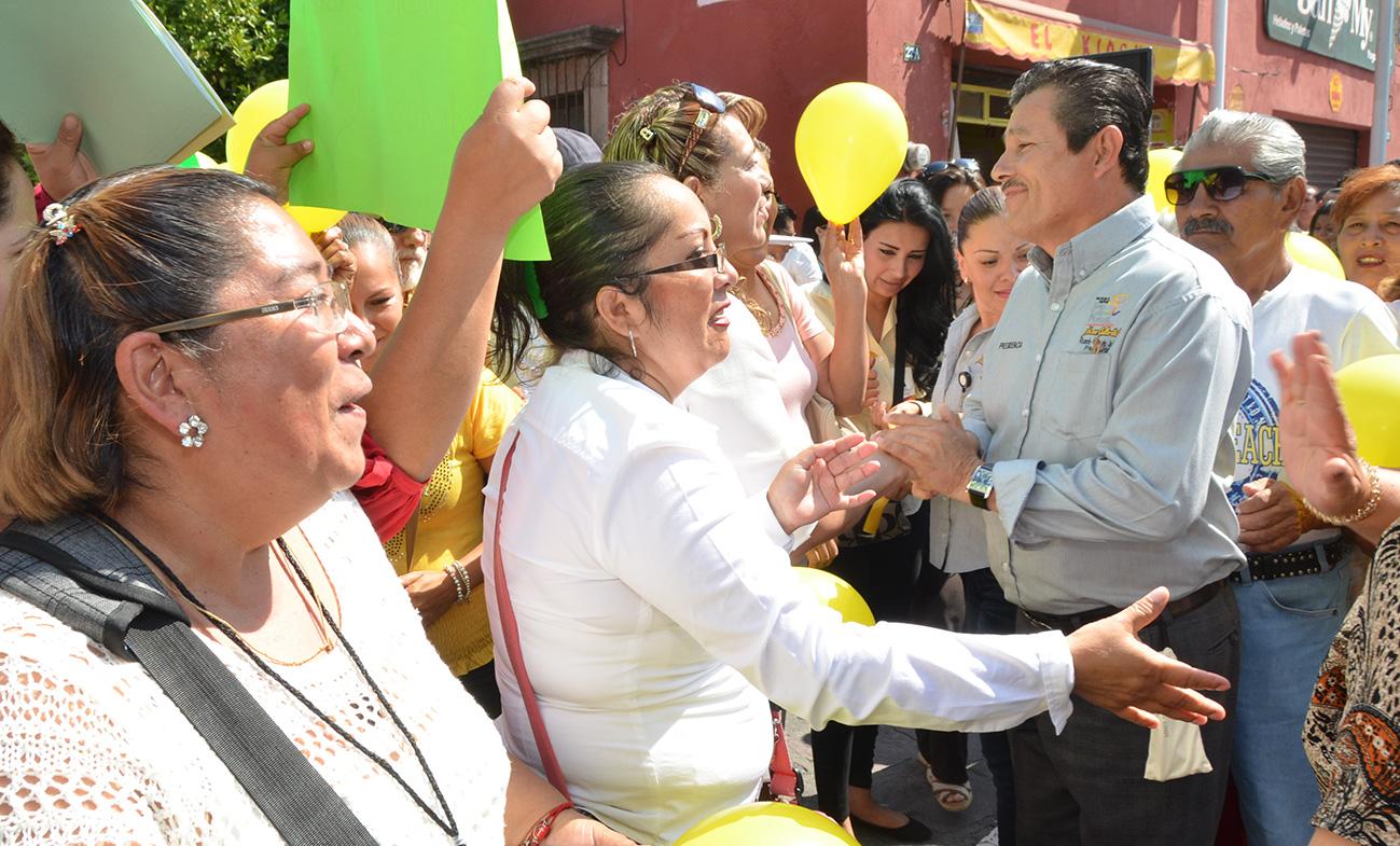 RECONOCEN A RICARDO GALLARDO POR PROGRAMAS A FAVOR DE PERSONAS DISCAPACITADAS