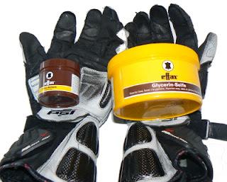 Balzam a mydlo na moto rukavice
