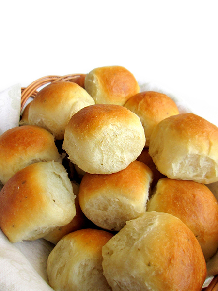 Garlic sage mini dinner rolls tinascookings.blogspot.com