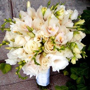 Hoa cưới cầm tay 07