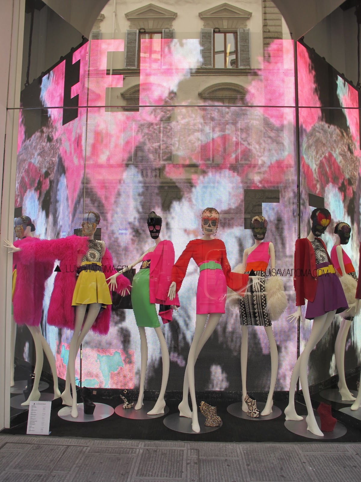 Meoutfit meoutfit 850 luisaviaroma new windows for Luisa via di roma