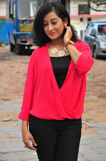 Tejaswini Latest Pictures in Black Jeans    ~ Bollywood and South Indian Cinema Actress Exclusive Picture Galleries