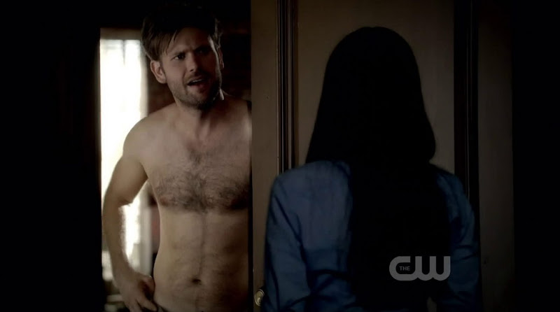 Matt Davis Shirtless in the Vampire Diaries s3e02