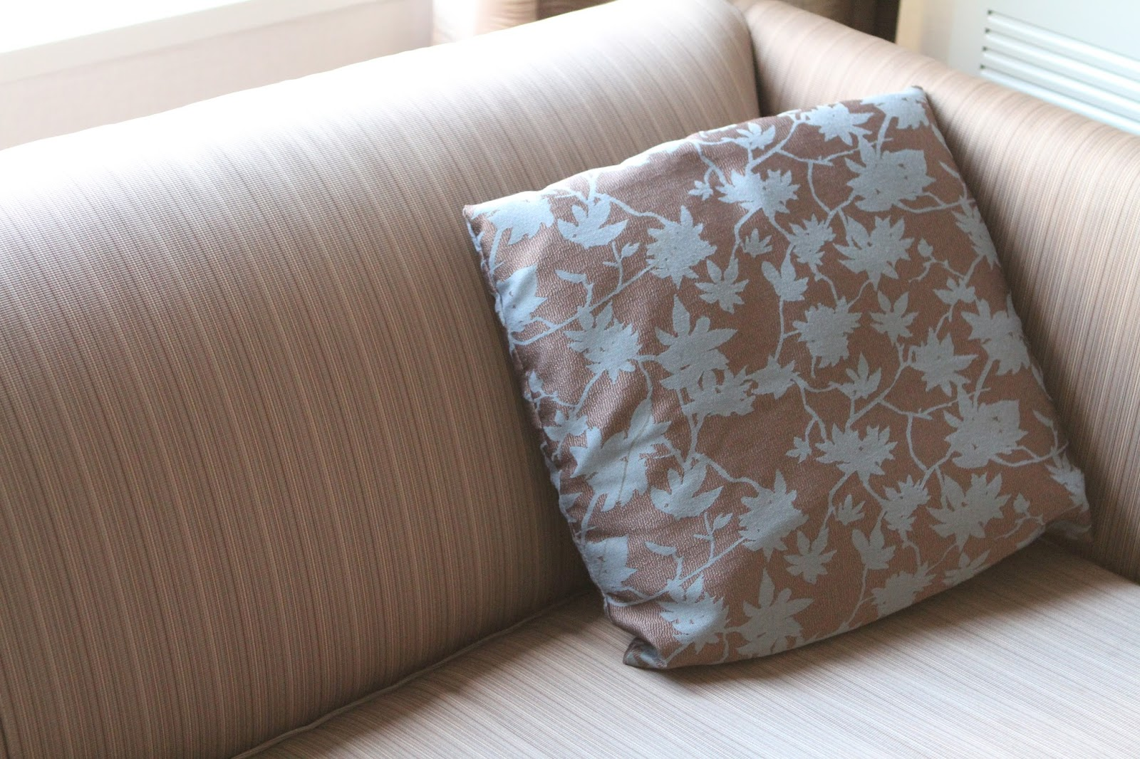 new store boudoir westin inspiration ideas with hotel pillow pillows