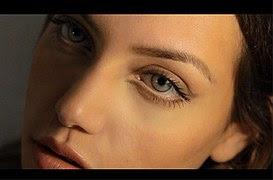 maquillarse las cejas