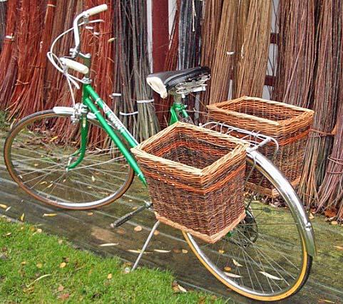 bike baskets Vintage