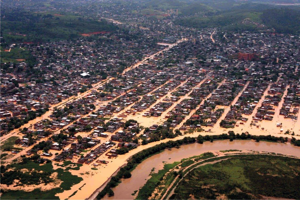Vista Aérea Loteamento Pq.Itaipú e Jardim Brasil Belford Roxo. ENCHENTE 31Dez2009