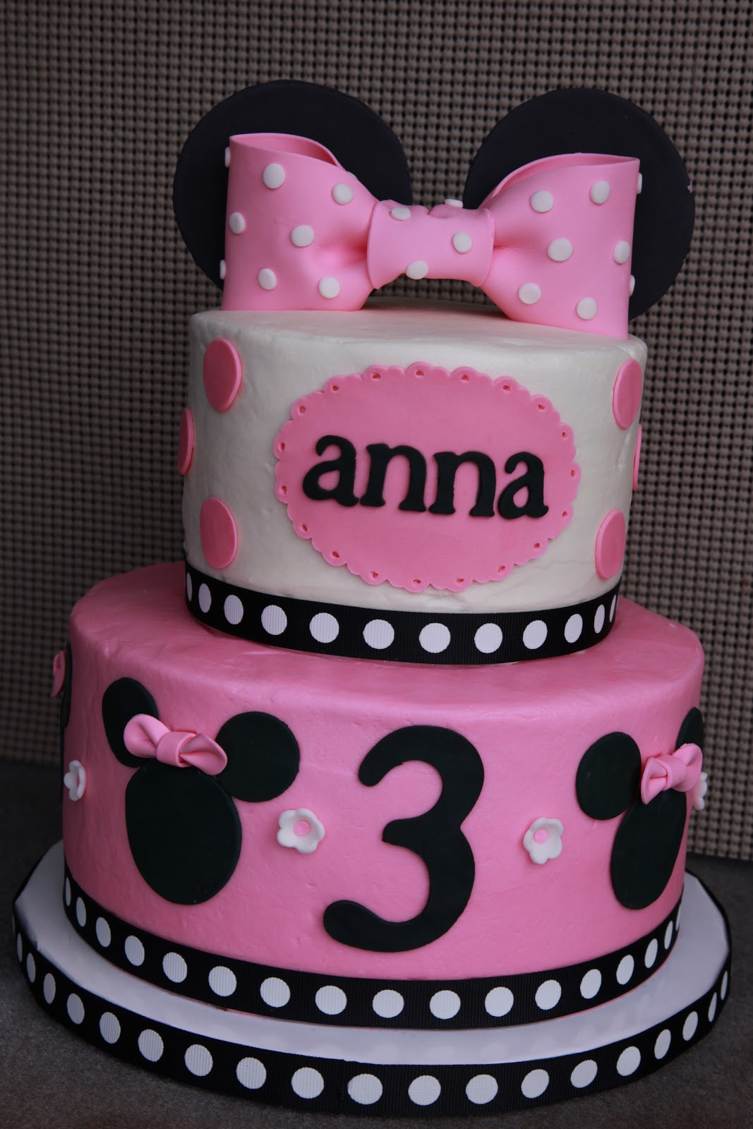 Minnie Mouse Birthday Cake For A 3 Year Old Girl Top Tier Vanilla Bottom Chocolate With Buttercream Fondant Gum Paste Decorations
