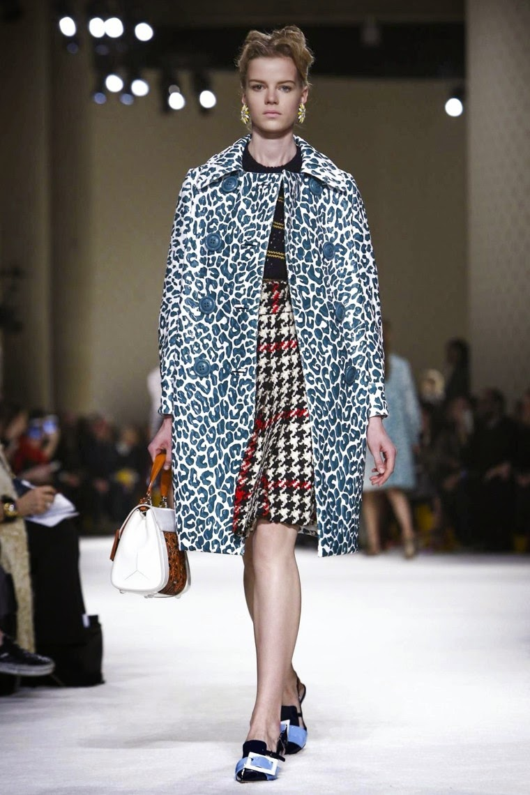 Miu Miu,MiuMiu, Miu Miu AW15, Miu Miu FW15, Miu Miu Fall Winter 2015, Miu Miu Autumn Winter 2015, Miu Miu fall, Miu Miu fall 2015, du dessin aux podiums, dudessinauxpodiums, Miucia Prada, prada, sac miumiu, sac miu miu, chaussures miu miu, sac prada, vintage look, dress to impress, dress for less, boho, unique vintage, alloy clothing, venus clothing, la moda, spring trends, tendance, tendance de mode, blog de mode, fashion blog, blog mode, mode paris, paris mode, fashion news, designer, fashion designer, moda in pelle, ross dress for less, fashion magazines, fashion blogs, mode a toi, revista de moda, vintage, vintage definition, vintage retro, top fashion, suits online, blog de moda, blog moda, ropa, asos dresses, blogs de moda, dresses, tunique femme, vetements femmes, fashion tops, womens fashions, vetement tendance, fashion dresses, ladies clothes, robes de soiree, robe bustier, robe sexy, sexy dress