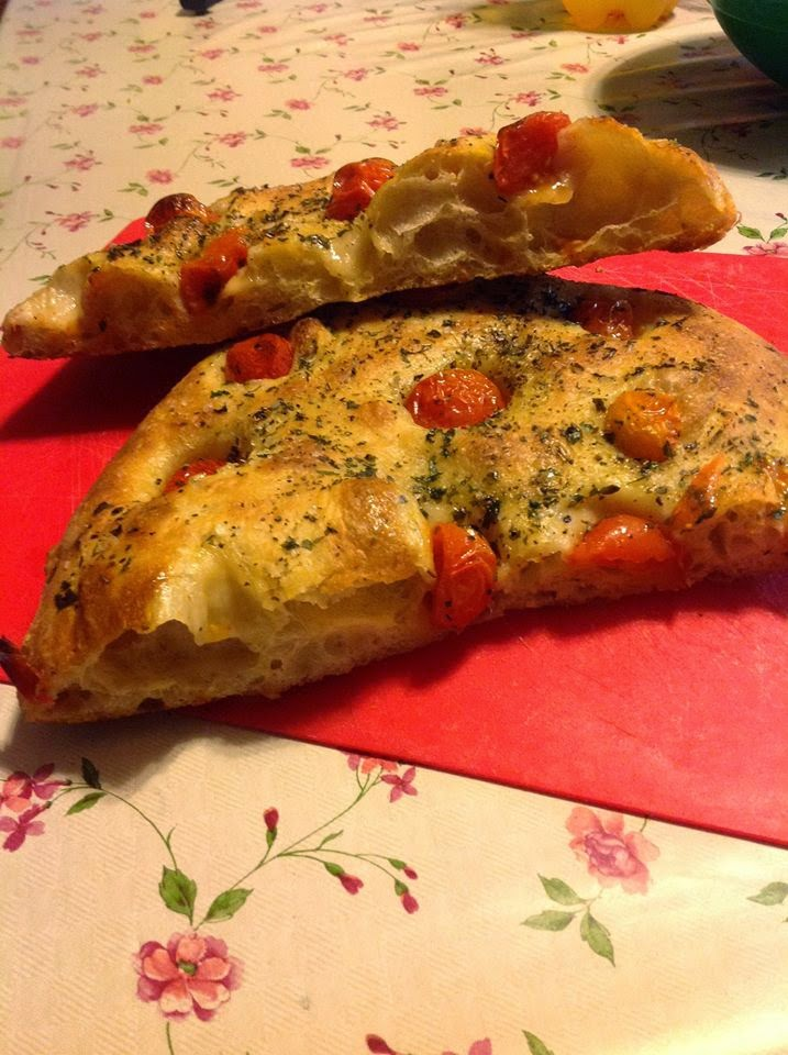 pizza bianca romana.....di paoletta
