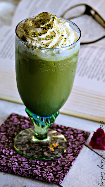 Homemade Simple and Delicious Green Tea / Matcha matcca Frappuccino