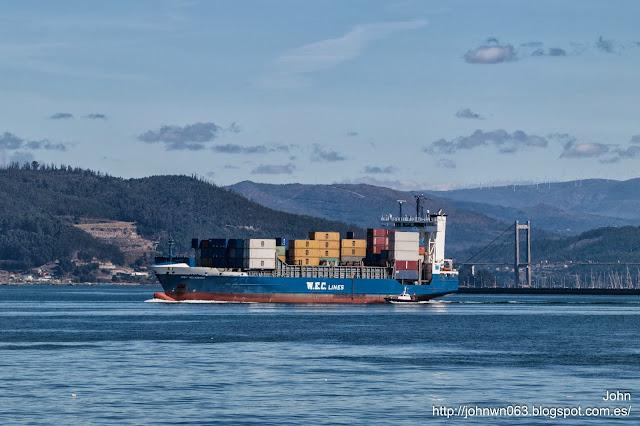 wec velazquez, container ship, vigo
