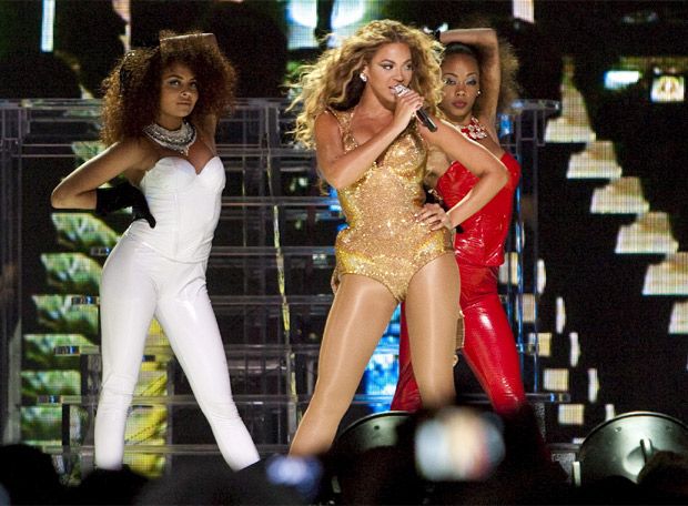 Psy imita el 'Single Ladies' de Beyoncé en su concierto | CromosomaX