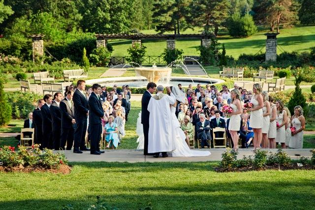 Simple Elegance Real Weddings  Lauren + Todd