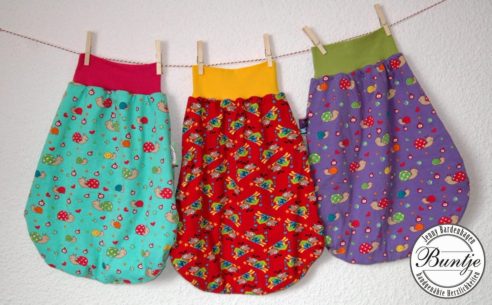 Pucksack Kuschelsack Strampelsack Baby Geschenk Geburt Taufe Baumwolle gefüttert Farbenmix Jersey handmade nähen Buntje individuell rot mint lila Mädchen Junge Tiere Superheld