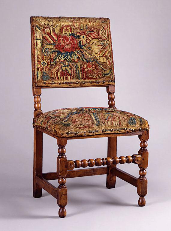 American Colonial Furniture 061111 Vector Clip Art Free