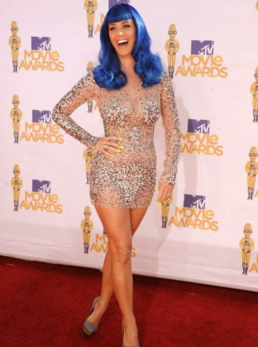 Foto Hot Katy Perry Gaun Transparan di Red Carpet