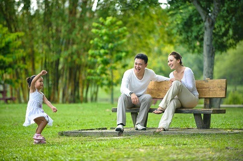 Khu công viên, đường dạo bộ và hồ nước thư giãn