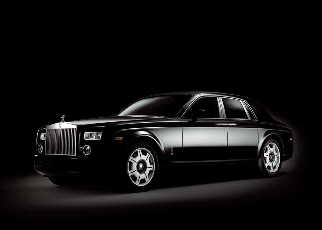 Rolls royce phantom car review for Rolls royce motor cars