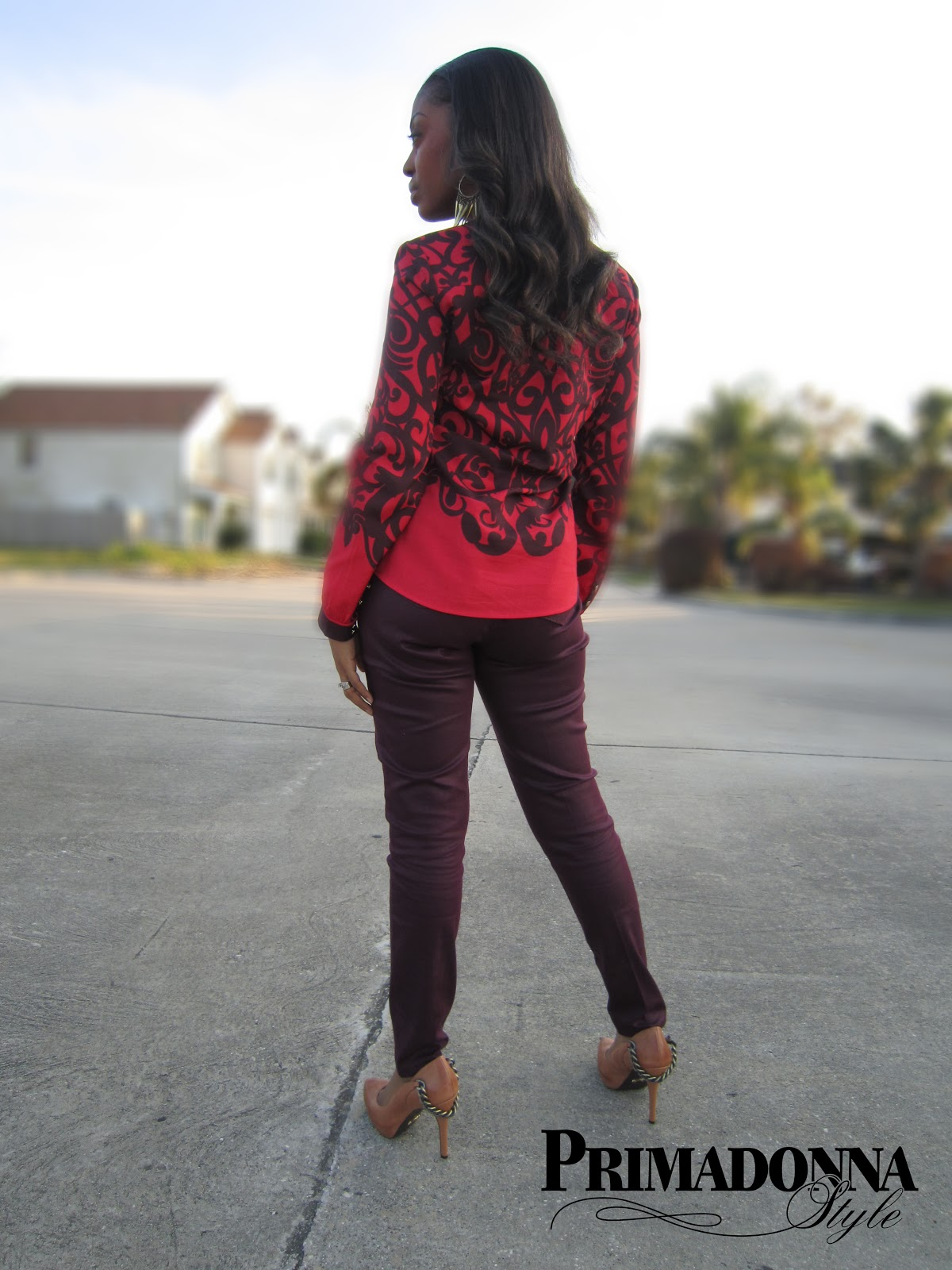 how to wear burgundy coated jeans, how to wear oxblood, wear a blouse, Fergie Getty, Simply Vera Wang coated jeans