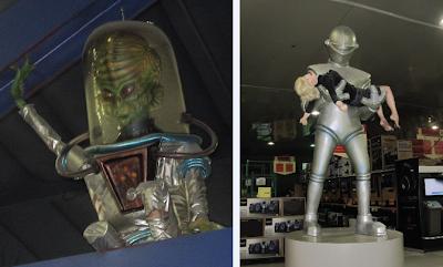 Fry's Electronics Aliens