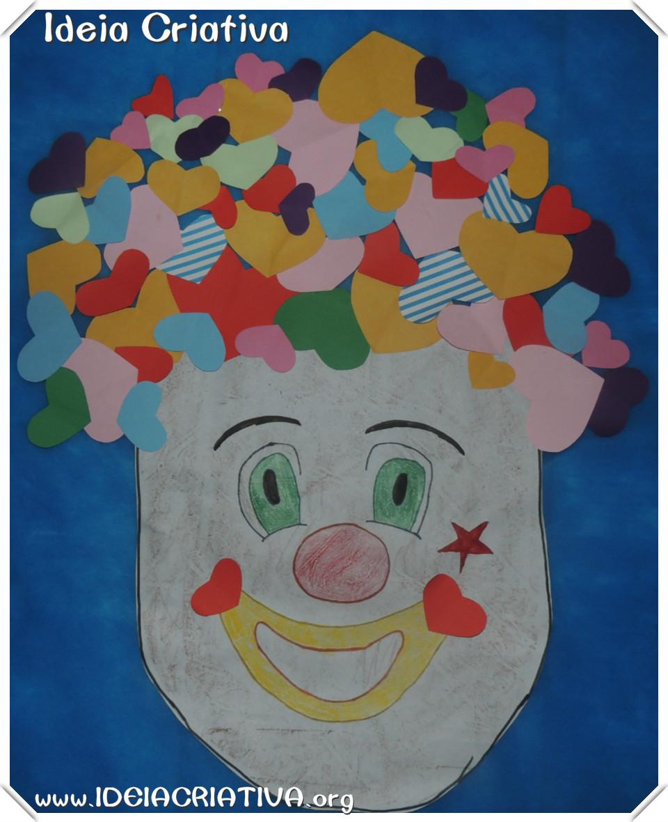 Palhaço de Corações Modelo Painel Dia do Circo