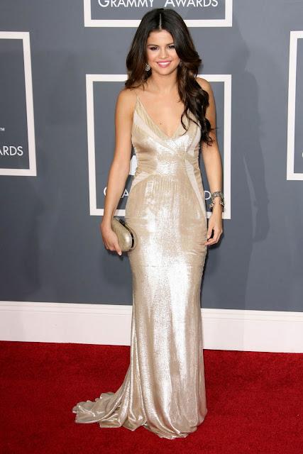 Selena Gomez bikini image