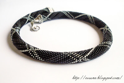 Beaded rope crochet